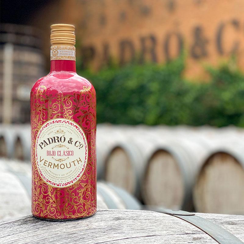 Botella de Rojo Clásico en Casa Vermouth Padró